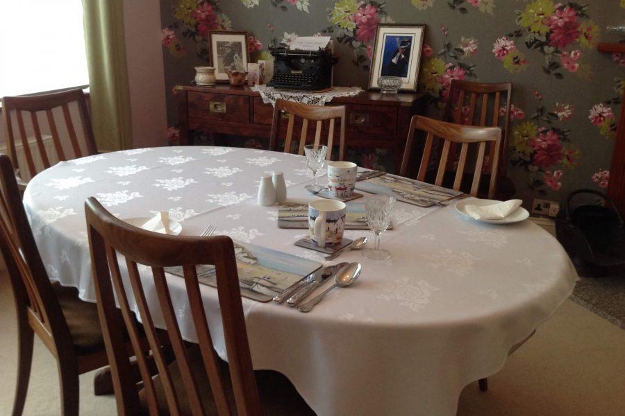No 18 Breakfast Table