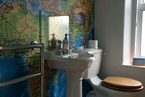 Lyonesse Guest House Bath 2