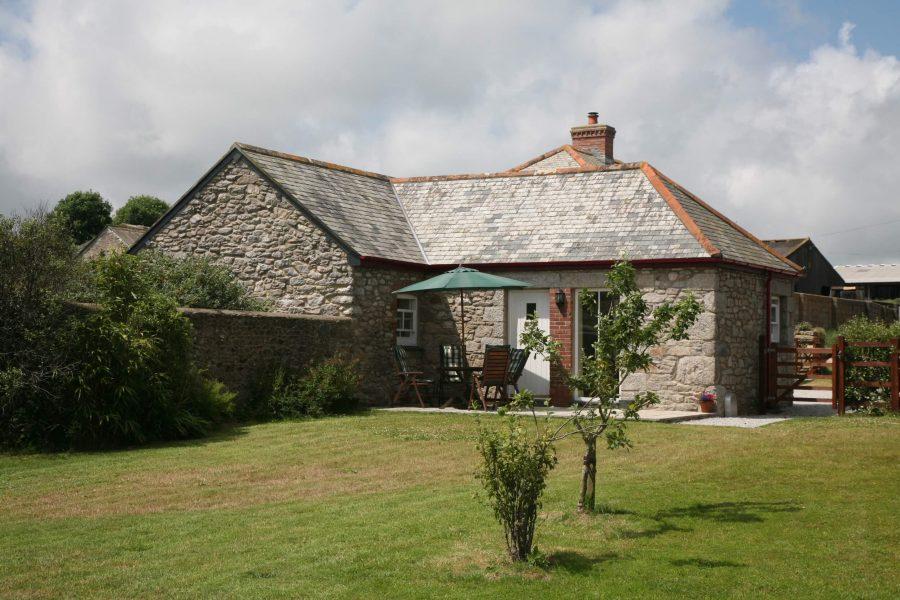 Gadles Farm Cottages 3