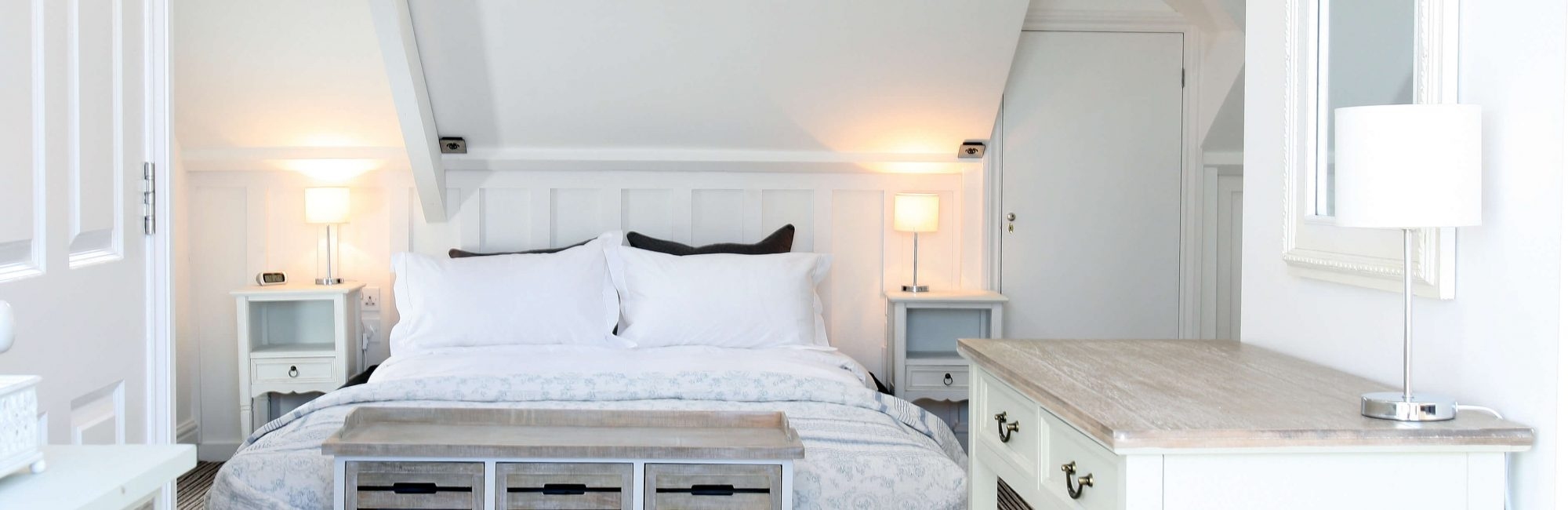 Highcliffe Contemporary Bed Amp Breakfast Guest House