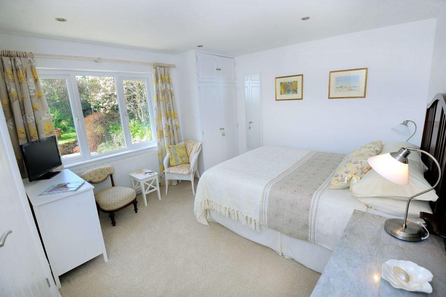 The Garden House- Mylor Bridge Bedroom
