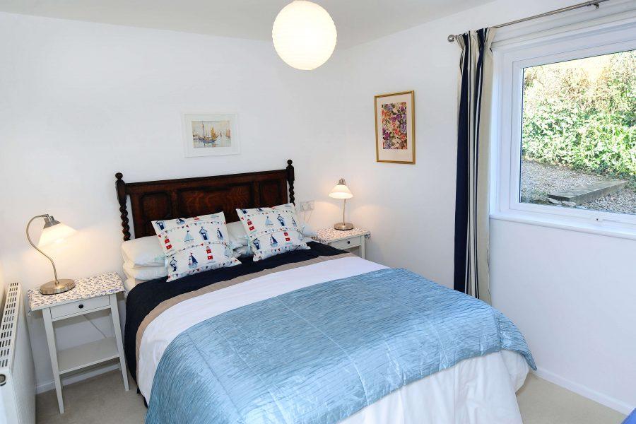The Garden House- Mylor Bridge Bedroom 2