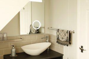 The Dog House Penryn Bathroom